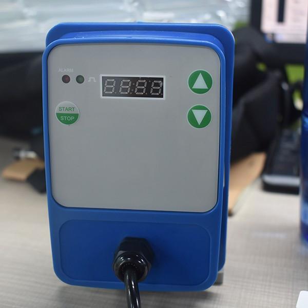 Chemical dosing pump electronic metering pump